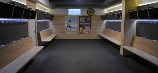 Prenajmi si svoju skrinku na hokejovú výstroj!