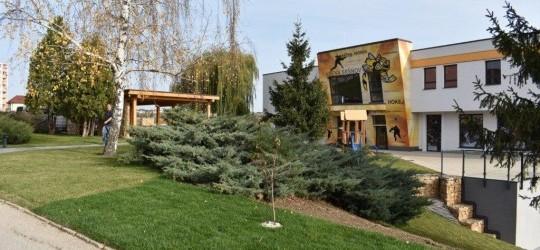 Zahlasujte za náš projekt: Prístavba šatní pre hokejový klub HK Sršne Košice