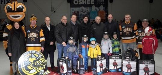 Hokejové výstroje hokejovému klubu HK Sršne Košice ODOVZDANÉ!