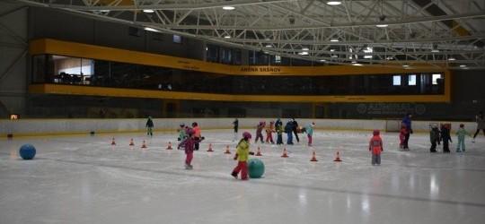 Odteraz bude korčuľovať každý prvák zo ZŠ Drábova v rámci vyučovania !!!