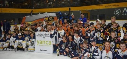 Veľký hokejový deň tretiakov v Aréne Sršňov!